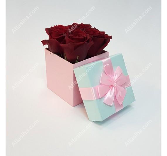 جعبه گل مکعبی